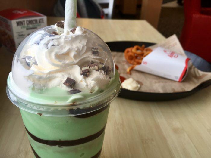 chocolate mint milkshake showdown 2017 livingnimbly